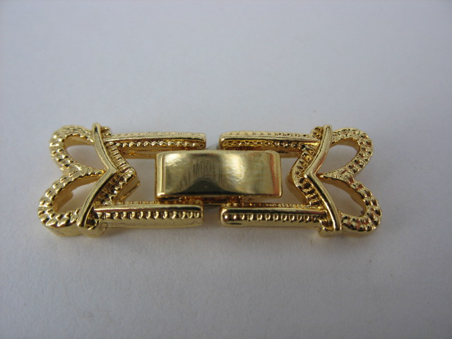 Gold Clasp - M125